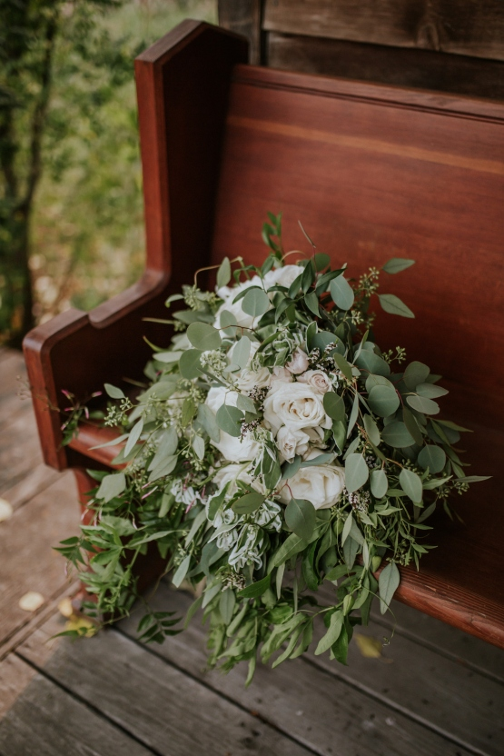 bouquets in natural white and greens
